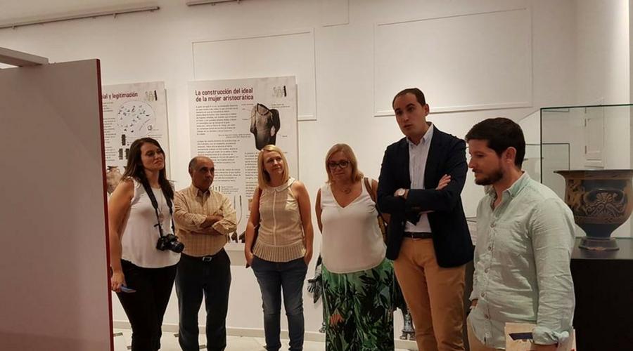 La exposición itinerante sobre la edad y ritualidad de las mujeres íberas, en Arjona.