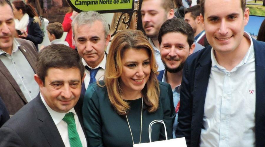 El Alcalde de Arjona invita a la Presidenta de la Junta de Andalucía a visitar Arjona.