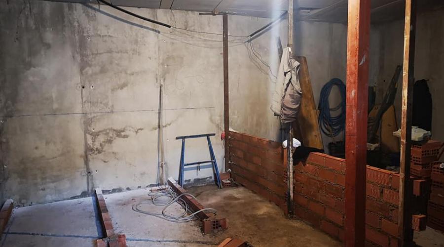 El Ayto. de Arjona construye unos aseos públicos en el Cementerio de los Santos